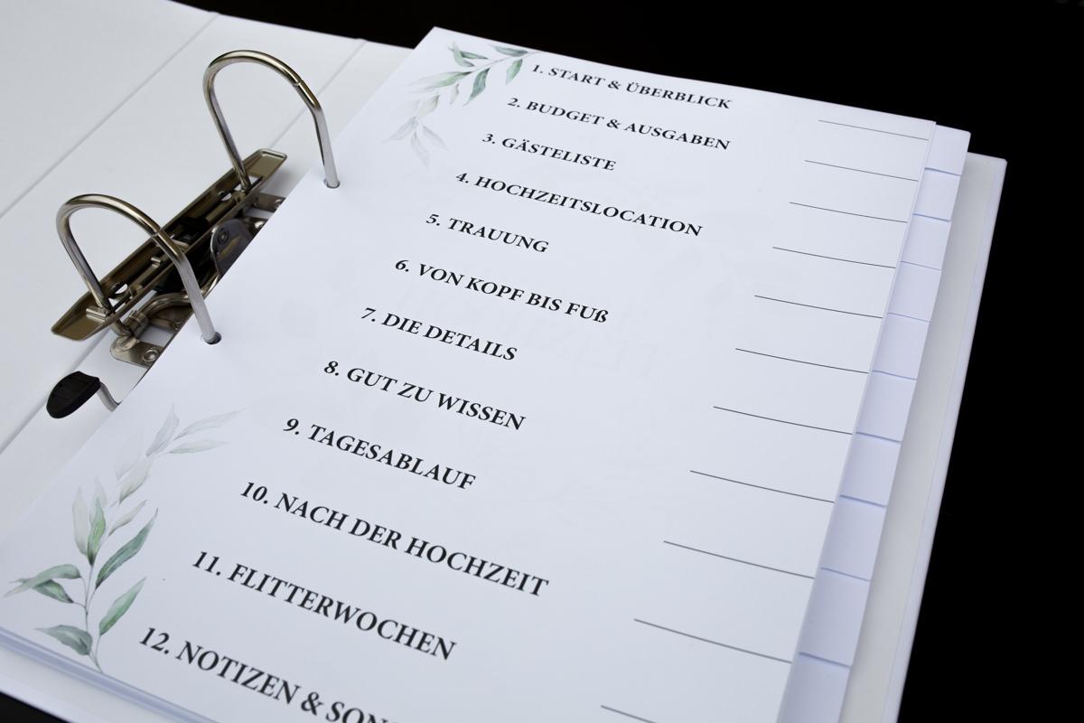 In diesem Hochzeitsordner könnt ihr alles übersichtlich aufbewahren und habt alles an einem Platz